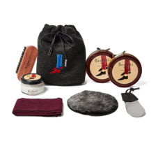 https://www.mrporter.com/en-vn/mens/berluti/shoe-care-kit-with-seven-pack-knitted-socks/1035770