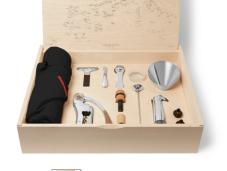 https://www.mrporter.com/en-vn/mens/latelier_du_vin/oeno-box-connoisseur-n-1-wine-set/1011744