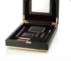 https://www.net-a-porter.com/fr/fr/product/1016985/victoria_beckham_estee_lauder/coffret-beaute-light-box-noir--daylight-edition