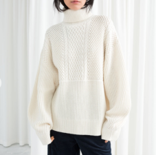 https://www.stories.com/en_eur/whats-new/all/product.oversized-cable-knit-turtleneck-beige.0660883001.html