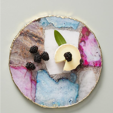 https://www.anthropologie.com/fr-fr/shop/composite-agate-cheese-board?category=kitchen-dining-entertaining&color=000