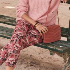 http://www.sezane.com/fr/product/pre-collection-automne/pantalon-gustav?cou_Id=2412