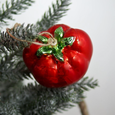 https://freckledhenfarmhouse.com/collections/ornaments-1/products/tomato-ornament