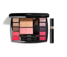 https://www.chanel.com/fr_FR/parfums-beaute/maquillage/p/palettes-et-sets/travel-makeup-palette-essentiels-de-maquillage-avec-mascara-de-voyage_br_br_harmonie-de-camelias-p149385.html#skuid-0149385