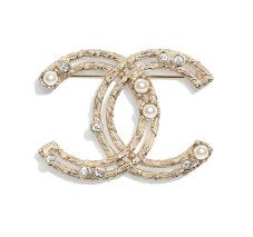 https://www.chanel.com/fr_FR/mode/p/cjy/ab0130y47486/ab0130y47486z8905/broche-metal-perles-de-verre-strass-dore-blanc-nacre-cristal.html